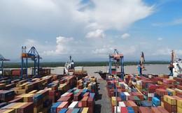 Việt Nam nhập siêu 678 triệu USD