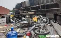 Ảnh: Giao thông Quốc lộ 5 tê liệt hàng chục km sau 3 vụ tai nạn liên tiếp làm 7 người chết