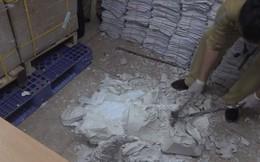 55 khúc sừng tê giác giấu trong khối thạch cao ở Nội Bài