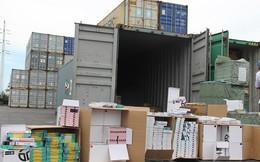 Phát hiện 1 container phụ kiện điện thoại Trung Quốc giả mạo xuất xứ Việt Nam