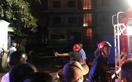 Công ty may mặc ở Sài Gòn cháy nghi ngút trong đêm