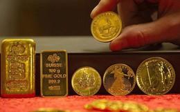 """Giá vàng giữ đà tăng nhờ nhu cầu """"vịnh tránh bão"""""""