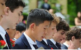 Vì sao giới nhà giàu châu Á đổ tiền đầu tư cho con sang Mỹ du học?