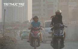 """""""Ngộp thở"""" đi qua những tuyến đường bụi mù ở HN, trong những ngày chất lượng không khí xấu"""