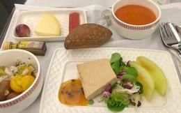 Suất ăn hạng nhất của 15 hãng hàng không này sẽ làm thay đổi quan niệm của bạn về chuyện ăn uống trên máy bay