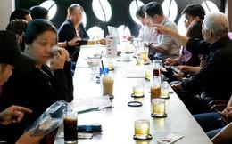 Món Huế - Huy Việt Nam đã dùng 'bùa ngải' gì khiến tất cả các nhà cung cấp đều cho nợ dài ngày, thậm chí có người vẫn tin mình sẽ được trả nợ dù hầu hết cửa hàng đã đóng cửa?