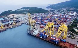 Đầu tư mạnh vào cảng biển, Việt Nam sẽ hưởng lợi lớn từ chiến tranh thương mại?