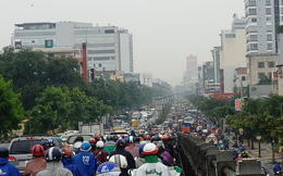 Cửa ngõ sân bay Tân Sơn Nhất hỗn loạn đầu tuần
