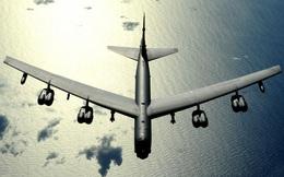 Báo Mỹ nói về sự hiện diện của 'pháo đài bay' B-52 gần căn cứ tàu ngầm Nga