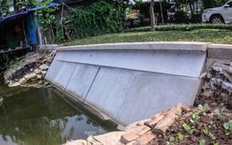 Cận cảnh bờ kè bằng khối bê tông đúc sẵn thí điểm cho Hồ Gươm