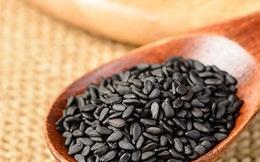 """Hạt vừng đen: loại hạt bé xíu nhưng """"có võ"""" mà nhà nào cũng có hóa ra lại bổ dưỡng hơn cả một thang thuốc bổ"""