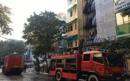 Cháy lớn tại quán karaoke phố Ngô Thì Nhậm