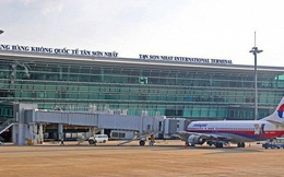 Cảnh báo thị trường hàng không bị đóng băng do sân bay Tân Sơn Nhất quá tải