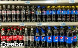 Vì sao nhiều nơi vẫn có thể bán cả Pepsi và Coca Cola nhưng riêng những nhà hàng như KFC hay McDonald's thì không? 'Gông cùm' nằm ngay gần quầy thu ngân!