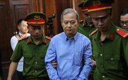 """[Nóng] Cựu Phó Chủ tịch UBND TPHCM Nguyễn Hữu Tín lĩnh 7 năm tù vì giao đất vàng cho Vũ """"nhôm"""""""