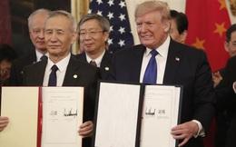 Mỹ và Trung Quốc chính thức đặt bút ký thoả thuận thương mại giai đoạn 1, nhưng Bắc Kinh vẫn phải gánh khoản thuế quan lớn