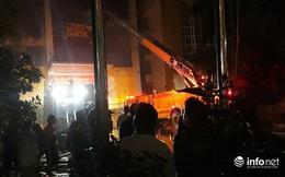 Cháy lớn tòa nhà cao tầng ở Thanh Hóa, nhiều người mắc kẹt