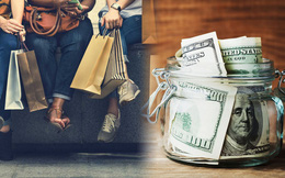 Lương cả trăm ngàn USD/năm, người trẻ vẫn chật vật đếm từng xu tiêu xài cuối tháng: Tiền kiếm được rốt cuộc nên để hưởng thụ hay tích lũy cho tương lai?
