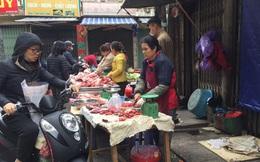Chợ Thủ đô vắng tiểu thương, rau xanh 'nhảy giá'