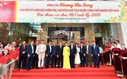 Nguyên chủ tịch nước Trương Tấn Sang thăm và chúc tết HDBank, Vietjet