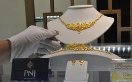 Giá vàng quay đầu đi xuống, rời xa mốc 45 triệu đồng/lượng
