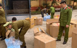 Tiếp tục tạm giữ 119.000 chiếc khẩu trang y tế không có hóa đơn, chứng từ