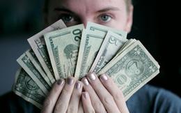 """Bài học từ """"nghệ thuật kiếm tiền đỉnh cao"""": Nhân viên văn phòng thu nhập """"siêu khủng"""", ai bảo khó?"""