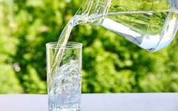 3 thói quen khi uống nước không chỉ ảnh hưởng thận mà còn khiến tim bị suy yếu