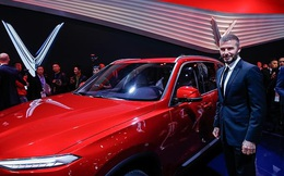 Tăng trưởng kinh tế 7%, đường đua F1 và xe VinFast gây ấn tượng với nhà đài Thụy Sỹ trong chương trình đặc biệt về Việt Nam