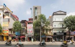 Ngôi nhà Hà Nội có 2 lớp mặt tiền, tách biệt với ồn ào của phố lớn