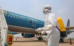 Ứng phó khẩn cấp với dịch COVID-19, lãnh đạo nhiều hãng hàng không Việt tự đề xuất cắt giảm lương thưởng nhằm chia sẻ khó khăn