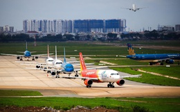 """Hàng không Việt: 30.000 tỷ đồng bị """"thổi bay"""" vì Covid-19, hai kịch bản và những đề xuất cắt giảm thuế phí của Bộ GTVT"""