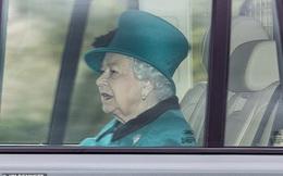 """Hoàng gia công bố lịch trình bất thường của Nữ hoàng Anh khi dịch Covid-19 diễn biến phức tạp còn nhà Meghan Markle đang cảm thấy """"thở phào nhẹ nhõm"""""""