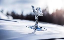 Hãng xe siêu sang Rolls-Royce ngừng sản xuất trong 2 tuần vì Covid-19