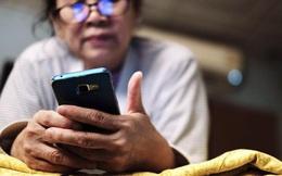Xem TikTok và mua hàng trực tuyến, Covid-19 khiến người già không còn lạc hậu