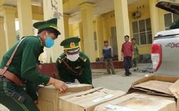 Bắt xe tải chở gần 65.000 khẩu trang y tế qua biên giới
