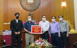 HLV Park Hang-seo ủng hộ 5.000USD chống dịch Covid-19, các cầu thủ cũng hô hào nhau chung tay
