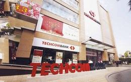 Dư nợ cho vay liên quan bất động sản đang chiếm bao nhiêu tại Techcombank?