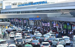 Ô tô vào sân bay đón trả khách dưới 10 phút sẽ không mất tiền như hiện nay!