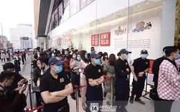 UNIQLO khai trương tại Hà Nội: Cực nhiều món đẹp xịn giá chỉ 249k - 499k, store rộng đi mỏi chân chưa xem hết đồ