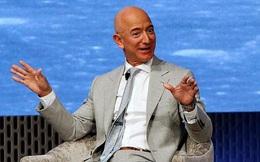 """Những """"tấm vé số đặc biệt"""" thay đổi cuộc đời tỷ phú giàu nhất thế giới Jeff Bezos: Thành công của tôi có rất nhiều sự may mắn"""
