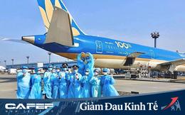 """2000 nhân viên phải cách ly, 100 máy bay nằm không, doanh thu giảm 50.000 tỷ, toàn bộ người lao động bị giảm lương, CEO Vietnam Airlines chia sẻ: """"Chúng ta đang đối mặt với những thách thức mang tính sống còn"""""""