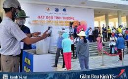 ATM gạo tự động đầu tiên ở Đà Nẵng: Không phân biệt bạn đi xe gì, ai cần cứ đến lấy!