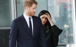 Vợ chồng Meghan Markle bị đòi trả lại số tiền 70 tỷ đồng cho người dân Anh sau khi lỗi hẹn gần 1 tháng, bất ngờ nhất là động thái của hoàng gia Anh