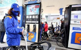Ngày mai, giá xăng dầu trong nước tiếp tục giảm sâu?
