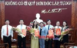 Trao quyết định phê chuẩn chức vụ Chủ tịch, Phó Chủ tịch UBND huyện Phú Riềng, Đồng Phú, Hớn Quản