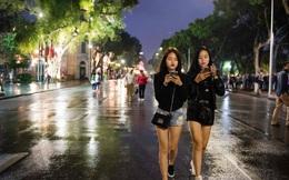 """Việt Nam có đang bỏ lỡ cơ hội từ kinh tế đêm để tạo ra một trạng thái """"bình thường mới"""" tốt hơn cho ngành du lịch hậu Covid-19?"""
