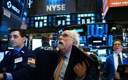 Căng thẳng Mỹ-Trung leo thang, Phố Wall 'chùn bước' sau đà tăng mạnh mẽ ở phiên trước, cổ phiếu công nghệ trượt dốc