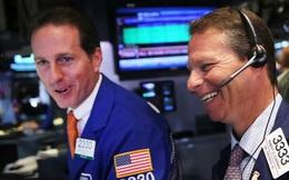 Đón nhận thông tin tích cực từ thử nghiệm vắc-xin và nền kinh tế mở cửa trở lại, Dow Jones ghi nhận đà tăng theo tuần mạnh nhất kể từ tháng 4