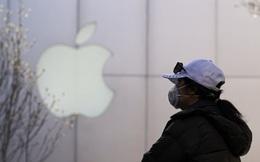 """CNBC: Dù Mỹ nhắm vào Huawei, Trung Quốc cũng sẽ không dễ dàng """"buông tay"""" để Apple sang Việt Nam"""